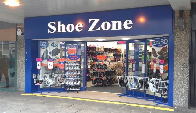 Find Nearby Shoe Stores