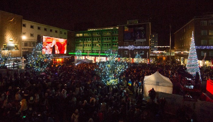 Christmas Light Switch-On